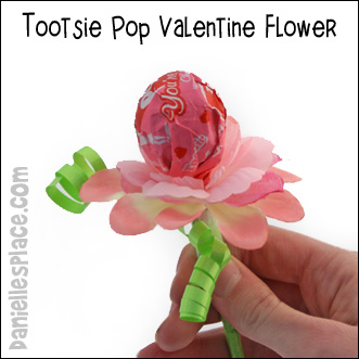 Tootsie Pop Valentine Flower Gift Craft