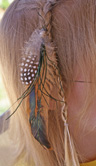 feather hair decoration