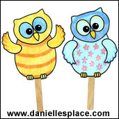 Owl Puppet Craft for children form www.daniellesplace.com