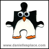 Penguin PUzzle Piece Craft www.daniellesplace.com