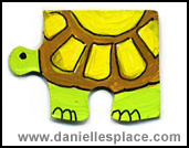 Turtle Puzzle Piece Craft www.daniellesplace.com