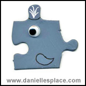 Whale Puzzle Piece Craft www.daniellesplace.com