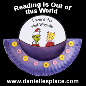 Reading is out of this World Paper Plate Craft www.daniellesplace.com