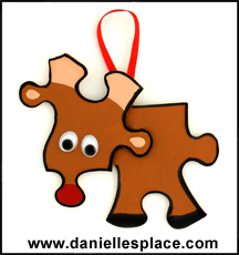 Reindeer Puzzle Piece Craft from www.daniellesplace.com