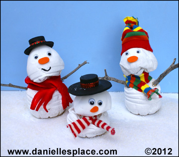 Snowman Made from a twisted water Bottle Craft  www.daniellesplace.com