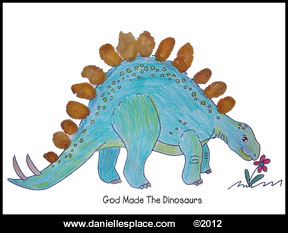 Dinosaur Activity Sheet www.daniellesplace.com