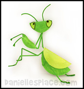 Praying Mantis Paper plate Craft www.daniellesplace.com