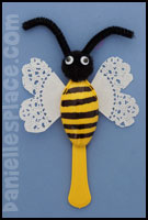 Plastice spoon bee craft  from www.daniellesplace.com