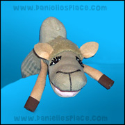 camel sock puppet Craft from www.daniellesplace.com