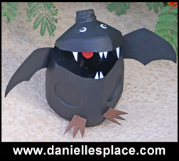Milk Jug Bat Craft from www.daniellesplace.com