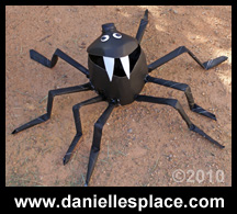Milk Jug Spider Craft from www.daniellesplace.com