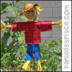 Paper Scarecrow Craft from www.daniellesplace.com
