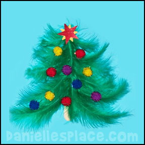 Feather Christmas Tree Printable with Poem from www.daniellesplace.com