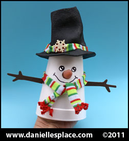 Snowman Cup Craft for Kids www.daniellesplace.com