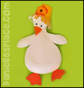 Baby Gosling Paper Plate Craft www.daniellesplace.com