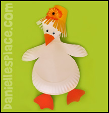 Gosling Paper Plate Craft for Kids www.daniellesplace.com