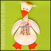 Mother Goose Paper Plate Craft for Kids www.daniellesplace.com
