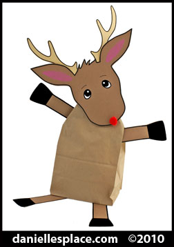 Reindeer Christmas Gift Bag Craft for Kids www.daniellesplace.com