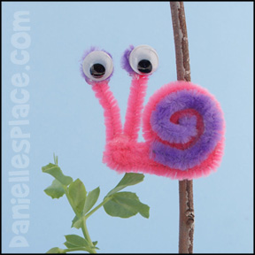 Snail Craft - Snail Pipe Cleaner - Chenille Stem Craft from www.daniellesplace.com