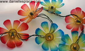 DIY Recycled water bottle flower patio lights www.daniellesplace.com