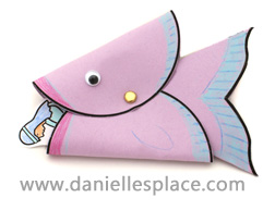 Jonah and the Whale Bible Puppet Craft 2 for Sunday School www.daniellesplace.com