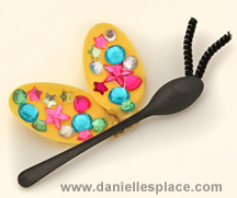 Butterfly DIY Craft made with Plastic Spoons 2 from www.daniellesplace.com