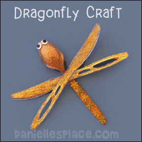 dragonfly craft made from plastic spoons and knives DIY