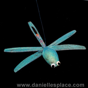 Plastic spoon and knives Dragonfly Craft