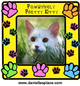 Pawsitively Purrfect Kitty Paw print Craft www.daniellesplace.com