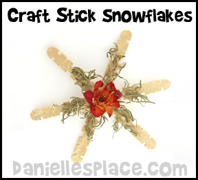 Craft stick snowflakes www.daniellesplace.com