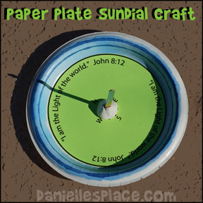 "Paper Plate Craft Sundial ""I am the Light of the World"" Bible Craft from www.daniellesplace.com"
