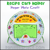Paper Plate Recipe Card Holder Craft from www.daniellesplace.com
