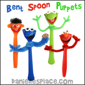 Plastic Spoon Puppets from www.daniellesplace.com