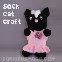 Sock Kitten Craft from www.daniellelsplace.com