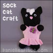 8f9dc84b5 Sock Cat Craft from www.daniellesplace.com
