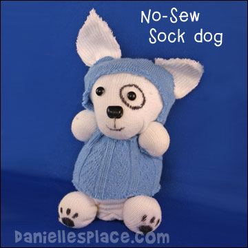 No-sew Sock Dog Craft from www.daniellesplace.com