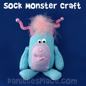 Sock Monster Craft from www.daniellesplace.com