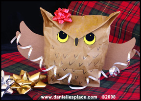 Christmas Craft for Kids - Owl Paper Gift Bag Craft from www.daniellesplace.com