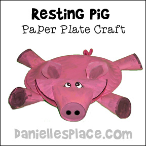 Resting Pig Paper Plate Craft for Kids from www.daniellesplace.com