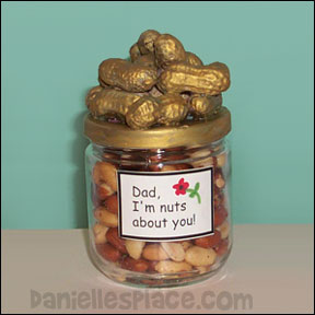 "Dad, I'm Nuts About You"" Peanut and Jar craft for Dad from www.daniellesplace.com"