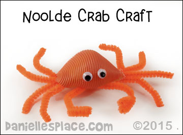Noodle Crab Craft from www.daniellesplace.com