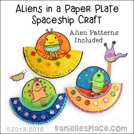 Alien Paper Plate Spaceship with printable alien stick puppets