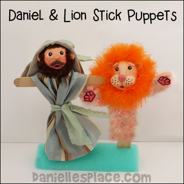 Daniel and Lion Stick Puppet Craft