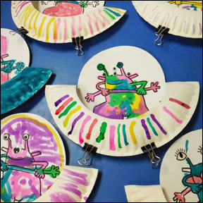 Aliens Love Under Pants Paper Plate spaceship craft